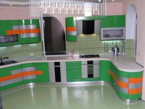 Зеленый цвет и его оттенки в интерьере кухни
