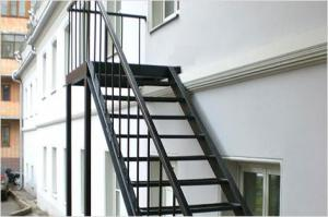 Как сделать металлическую лестницу