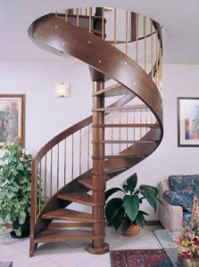 Устанавливаем межуровневую лестницу: что нужно знать
