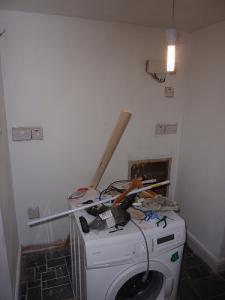 Особенности стеклообоев как покрытия для стен и потолков